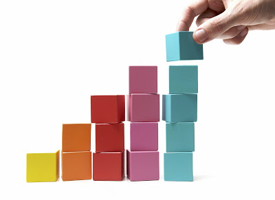 building-blocks-coloured-building-blocks (1)